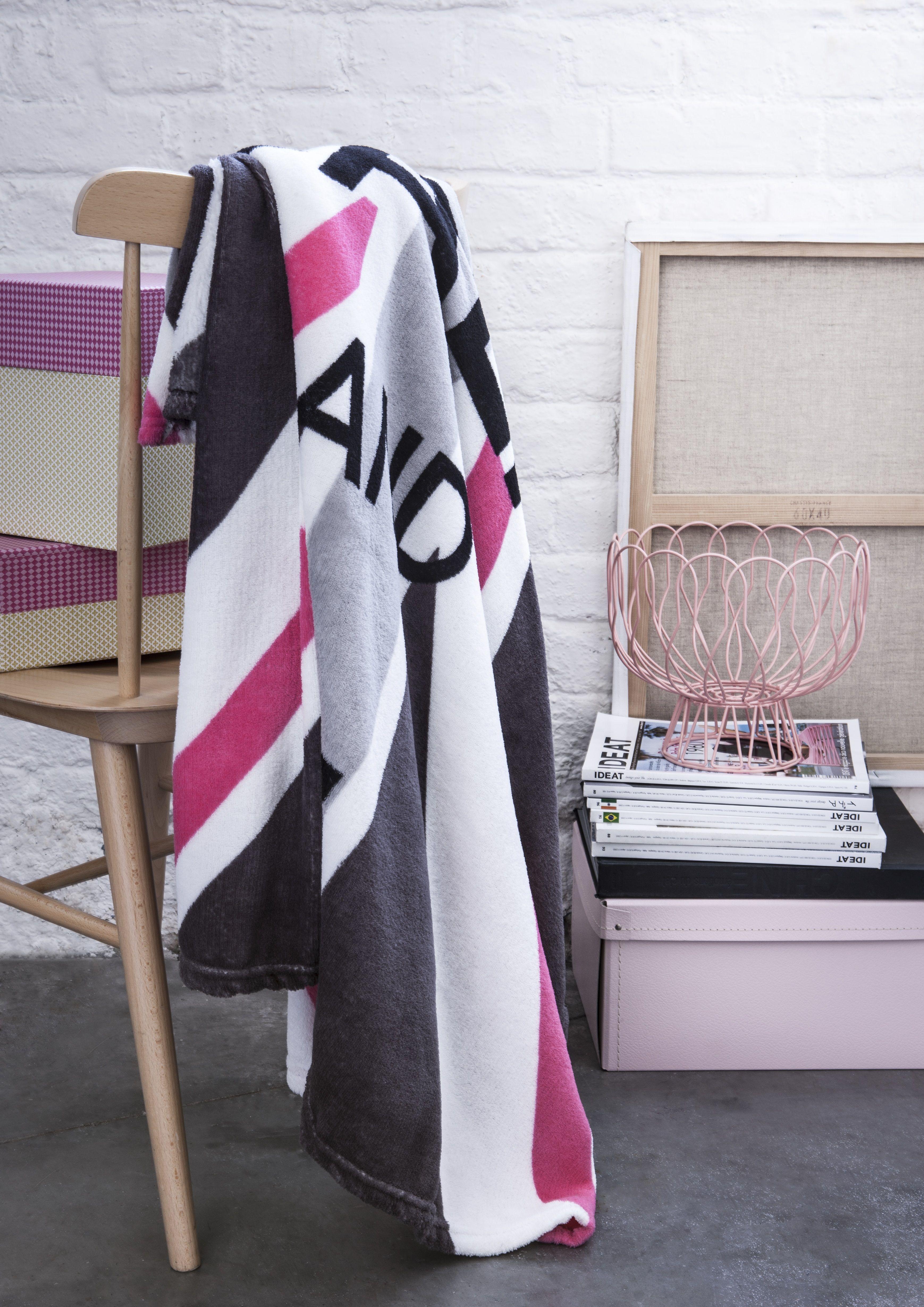 deco london girly. Black Bedroom Furniture Sets. Home Design Ideas