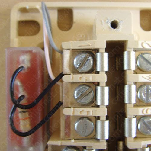 Prise de t l phone 8 plots avec condensateur do it - Brancher prise telephone ...