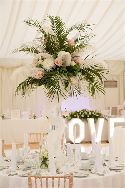 This palm leaf centrepiece from a reception at hylands