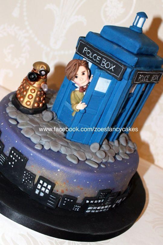 Fine Doctor Who Tardis Cake Goruntuler Ile Pasta Sanati Pastalar Funny Birthday Cards Online Elaedamsfinfo