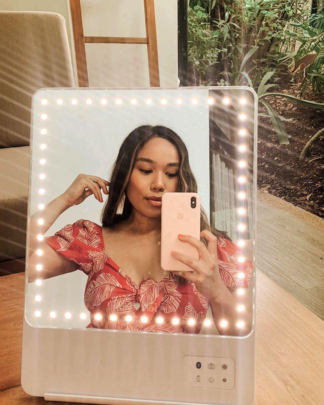 RIKI SKINNY Oprah's Favorite Thing Makeup mirror with