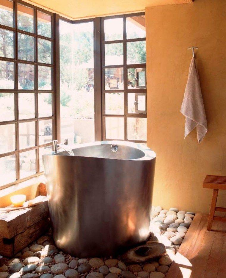 Baño de piedra y madera - ideas para un diseño ...