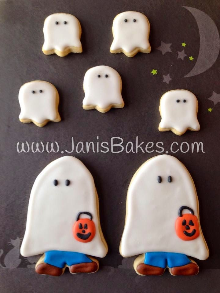 Janis Bakes: Halloween Cookies, Ghosts