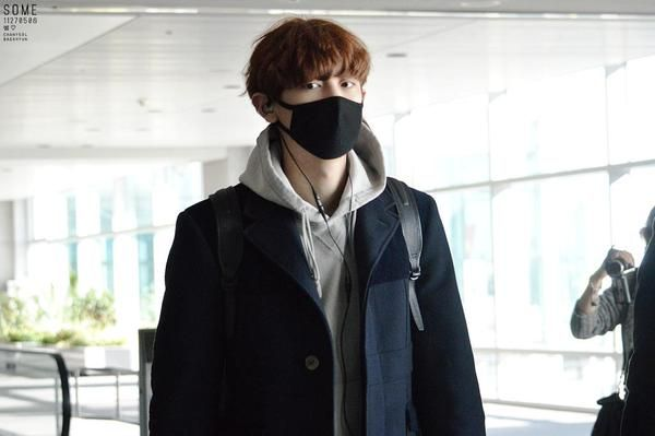 150117 Incheon Airport - Chan Yeol cr.썸