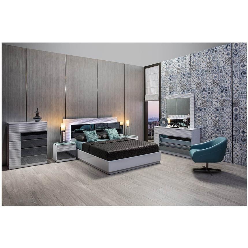 Manhattan White Mirrored King Platform Bed El Dorado Furniture In 2020 King Platform Bed Platform Bed White Platform Bed