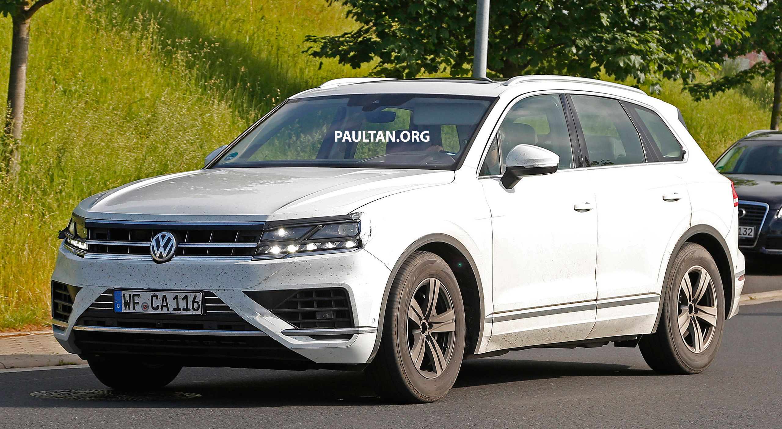 Caught: 2020 Volkswagen Golf Mk8 snapped fully undisguised