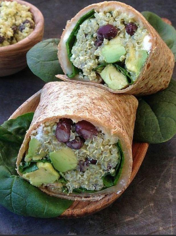 Les bons ingrédients : tortillas  quinoa  haricots noirs  pousses dépinards  avocat  feta  comté