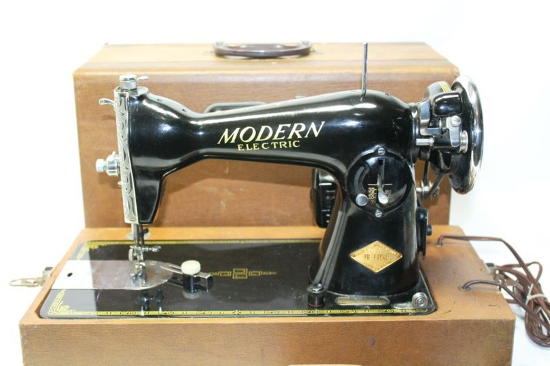 Vintage Deluxe K40 Modern Electric Sewing Machine Case WORKS Inspiration Modern Sewing Machine