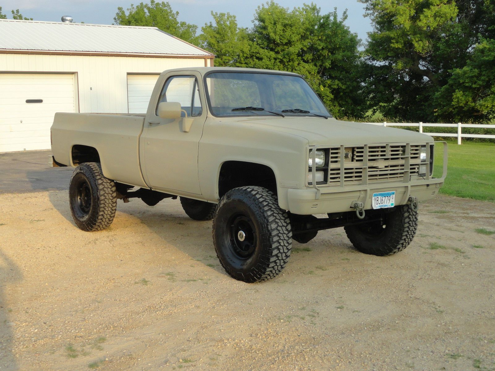 1984 Chevy K30 Cucv  I really really really want one of these