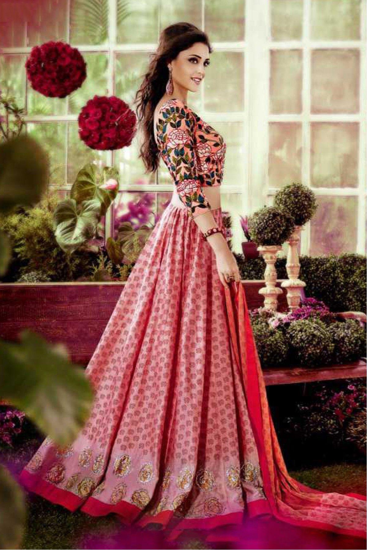 Silk Party Wear Lehenga Choli In Peach Colour