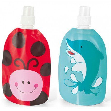 d0c9a23e0e3 Regalos para niños: práctica y original #botellas plegables decorada con  graciosos motivos #infantil . Está disponible en 2 divertidos modelos: una  ...