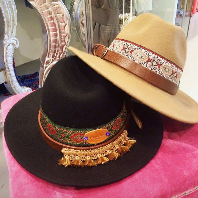 Sombreros ya disponibles en la tienda online @ibizatrendy. Edición super limitada. Boho hats now available at the webshop. Limited edition. ✨www.ibizatrendy.com✨ #ibiza #ibizahat #bohohat #tasselhat #sombreros #borlas #handmade #freepeople