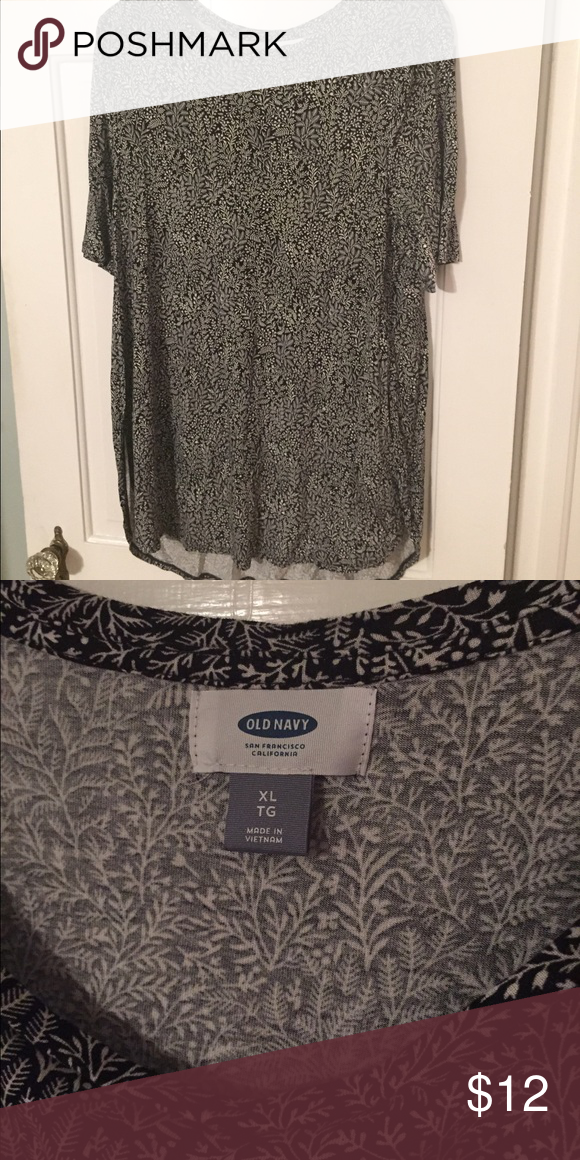 Blouse This can be dressed up or down. It's perfect with boots and leggings for fall. Old Navy Tops Blouses