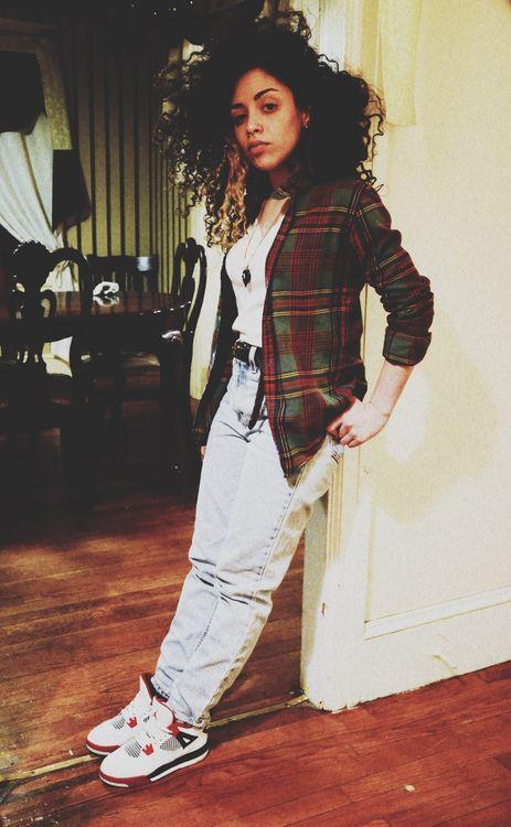 jordan 4 outfit girl