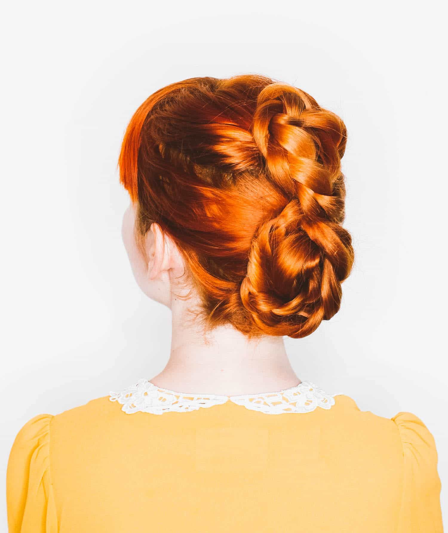 A Figure Eight Braid A Beautiful Mess Ginger Hair Color Pretty Hairstyles Hair Styles