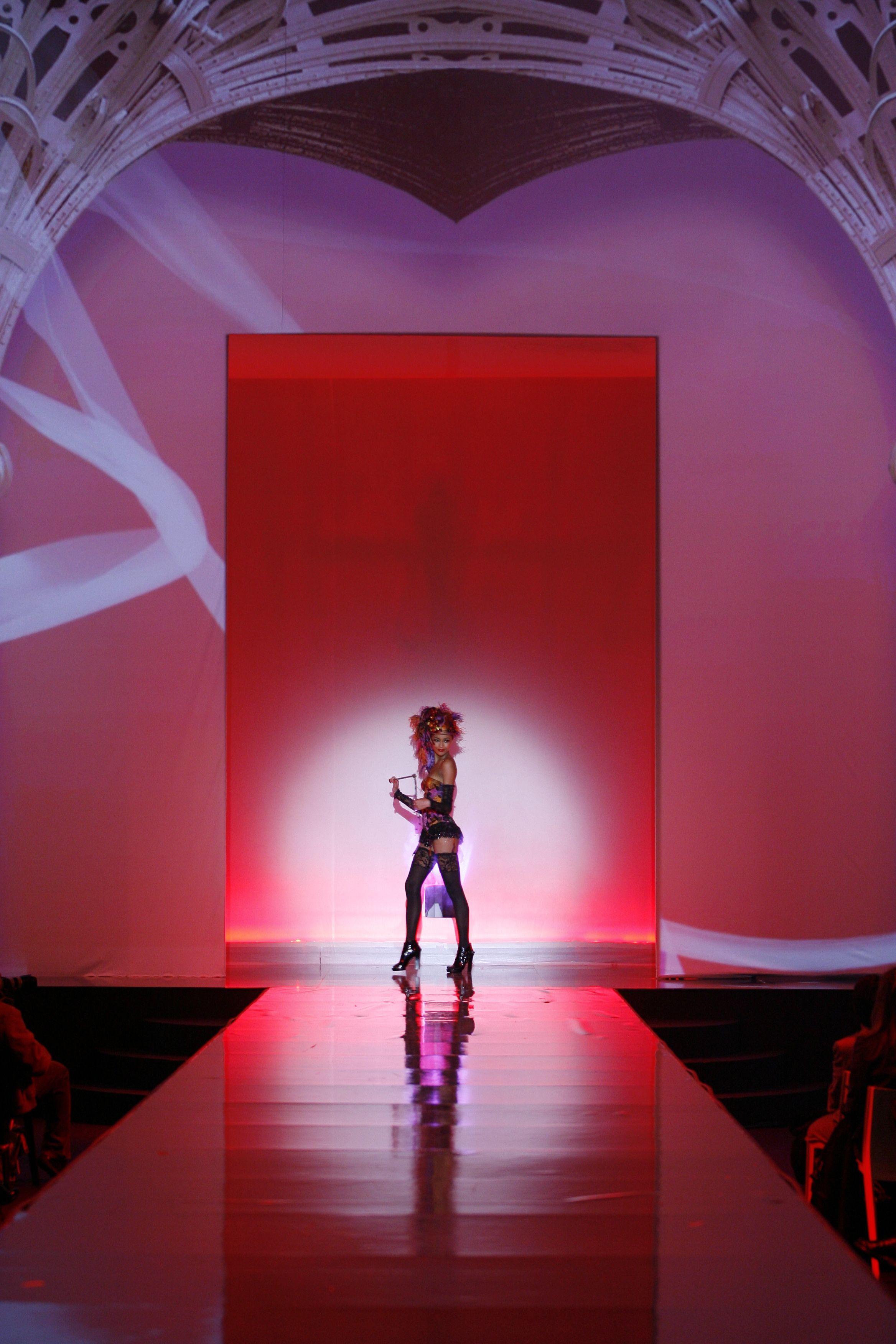 Paladini Ultra Lingerie 2009