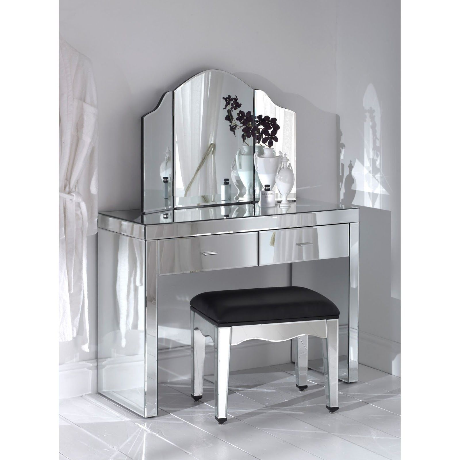 Elegant silver hayworth vanity mirrored and chair with for Silver vanity table