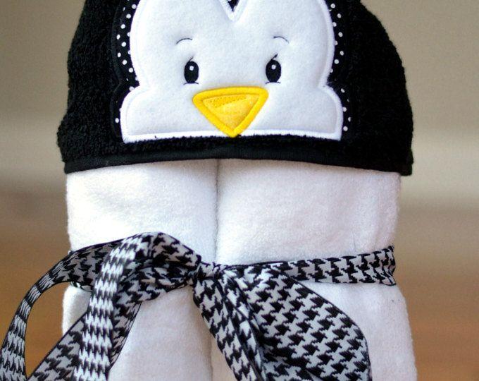 Christmas Penguin Peeker