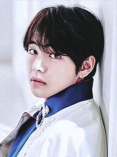 Taehyung V Kimtaehyung Taehyungbts Vbts Bts Handsome Man Cute Bts Pinterest Bts Bts Jungkook And Taehyung