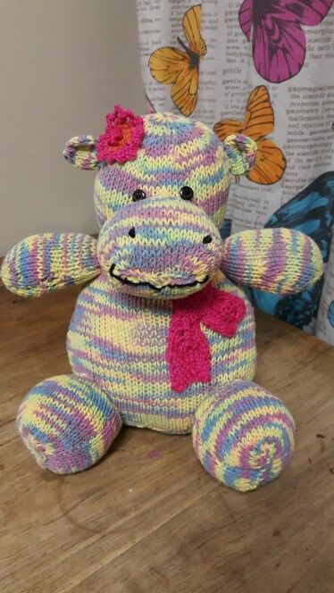 Hippie Hippo Pattern from 'Knitted wild animals' by Sarah ...