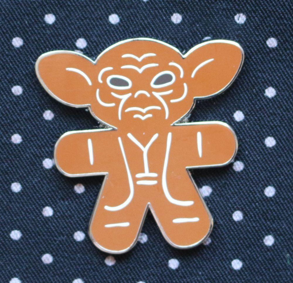 Disney Pin 2015 STAR WARS Gingerbread Series Mystery Yoda
