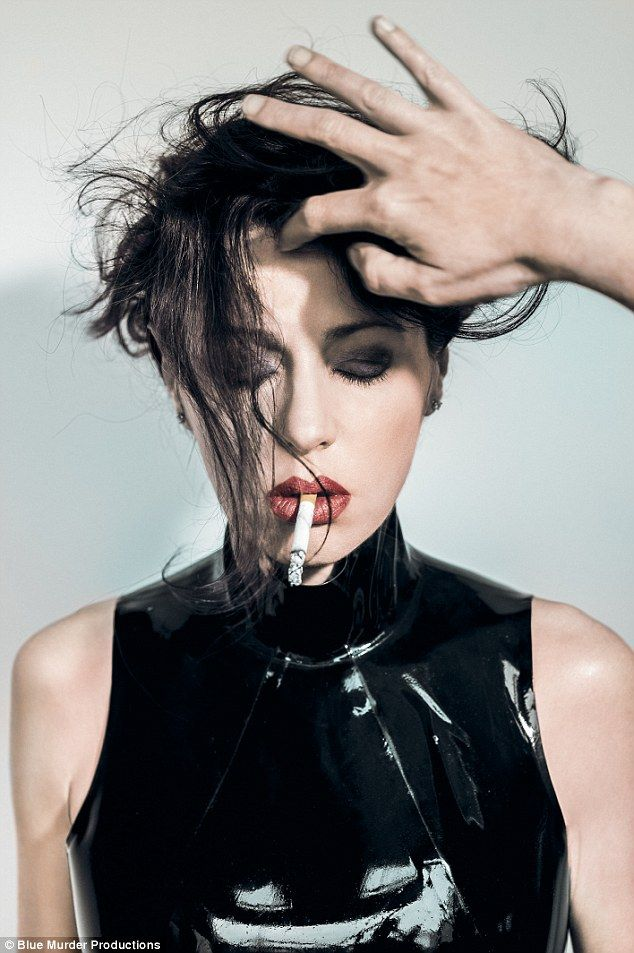 Tina arena smoking