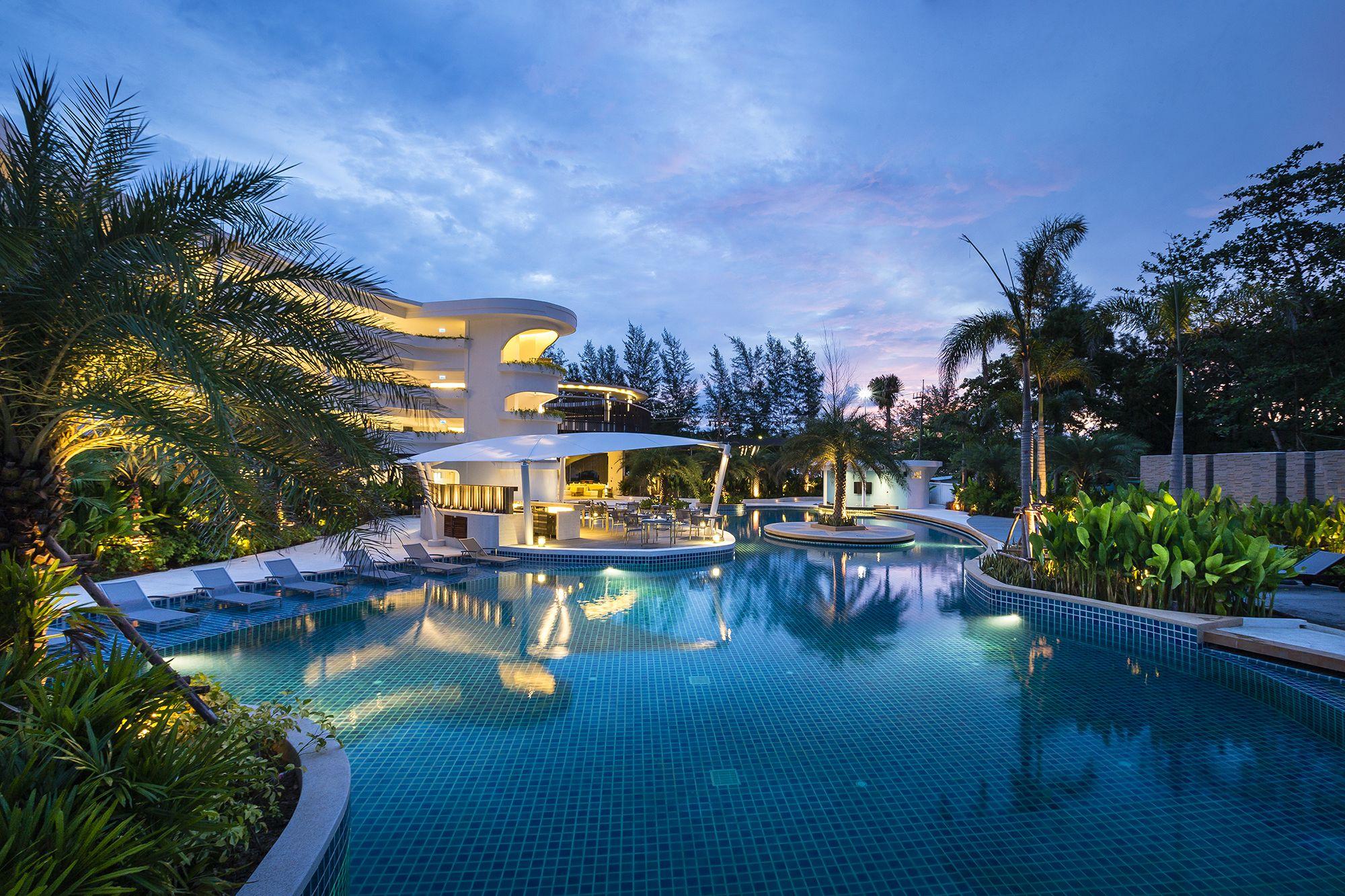 Sunsuri Hotel At Nai Harn Beach I Am Professional Photographer For Interior Hotel Resort Base In Phuket Thailand And Trave Karon Beach Phuket Resorts Phuket