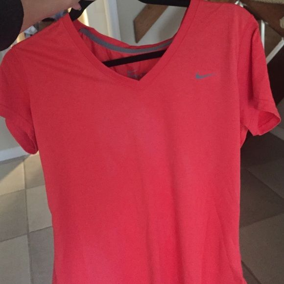 NIKE DRI FIT V NECK SIZE L Worn once! Perfect condition! Nike Tops Tees - Short Sleeve