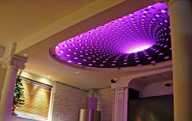 led indirekte beleuchtung lila farbe decken gestaltung | false