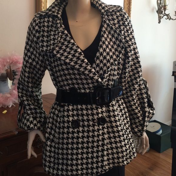 "Vintage Houndstooth jacket Small Medium Amazing!! Vintage houndstooth jacket/coat. Measures 19"" underarm to underarm.  26"" length. Fully lined. Belt has slight imperfections from being buckled.  Still excellent & cute jacket with unique sleeves. Vintage One of a kind! Jackets & Coats Trench Coats"
