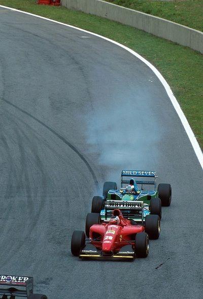 Jos Verstappen (Mild Seven Benetton-Renault B195) almost running into the back of Gerhard Berger's Ferrari 412T1, 1994 Brasilian Grand Prix, Interlagos