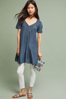 0654895753b8 Shop the Bari V-Neck Tunic and more Anthropologie at Anthropologie today.  Read customer reviews