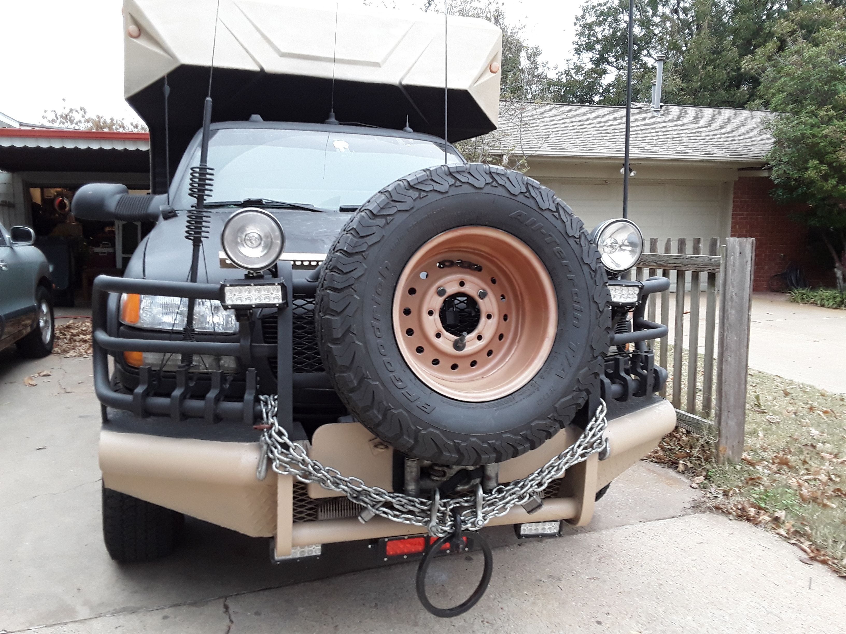 DIY Expedition/Bug out truck inspired by EarthRomer