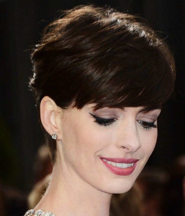 Anne Hathaway Makeup At The Oscars Anne Hathaway Pinterest