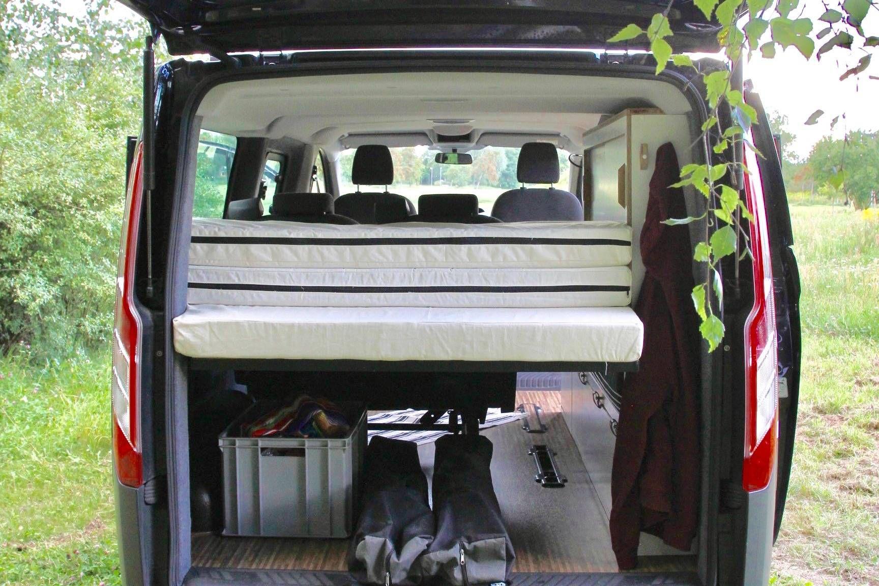Mit unserem Campingmodul wird der Ford Transit zum Camper oder