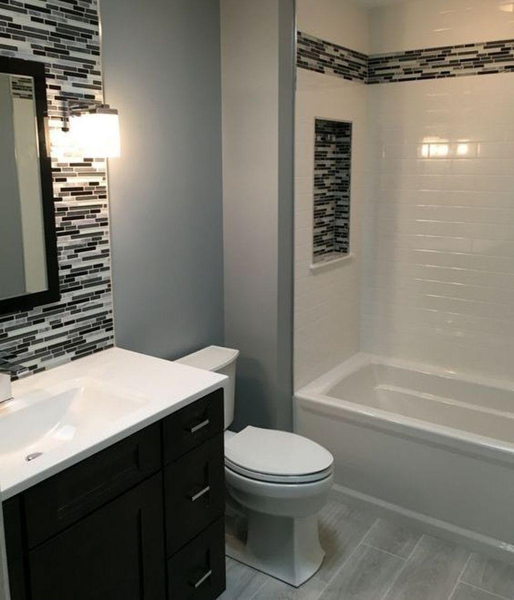 Delightful Bathroom Decoration Inspirations Ideas 36 Small Bathroom Remodel Small Bathroom Bathroom Decor