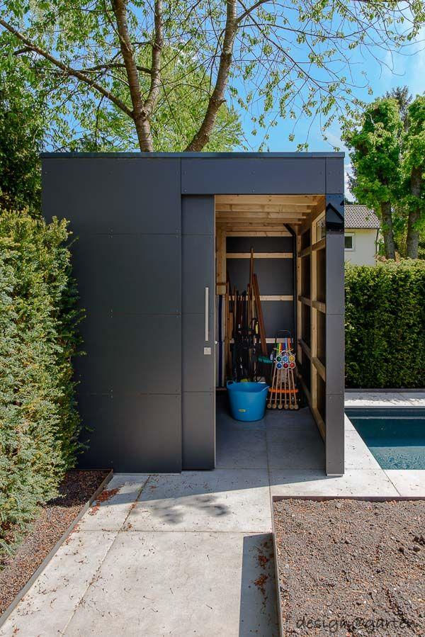 Photo of traumhafter Garten in München – Riemerling mit modernen Gartenhaus by design@ga…