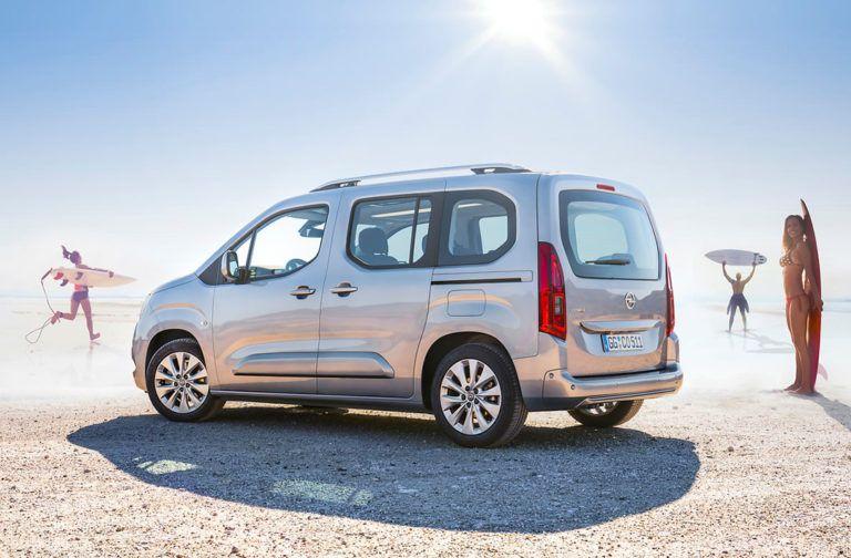 2019 Yeni Kasa Opel Combo Turkiye Fiyati Ve Donanimlari Oto Kokpit Goruntuler Ile Volkswagen Peugeot Otomatik Sanziman