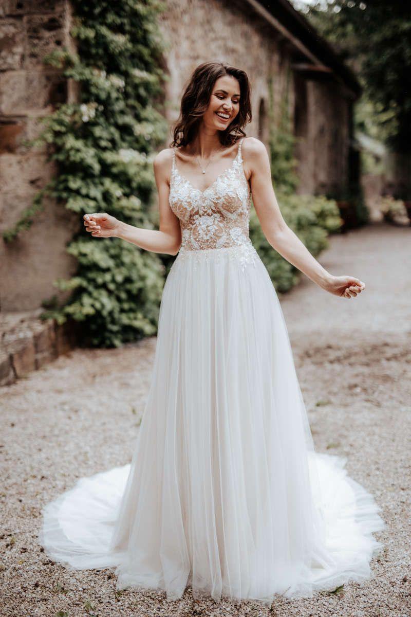 Brautkleider   Kleid hochzeit, Boho kleid, Brautkleid