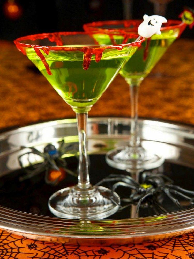 Kunstblut selber machen halloween-party-getraenke-martini-glaeser ...