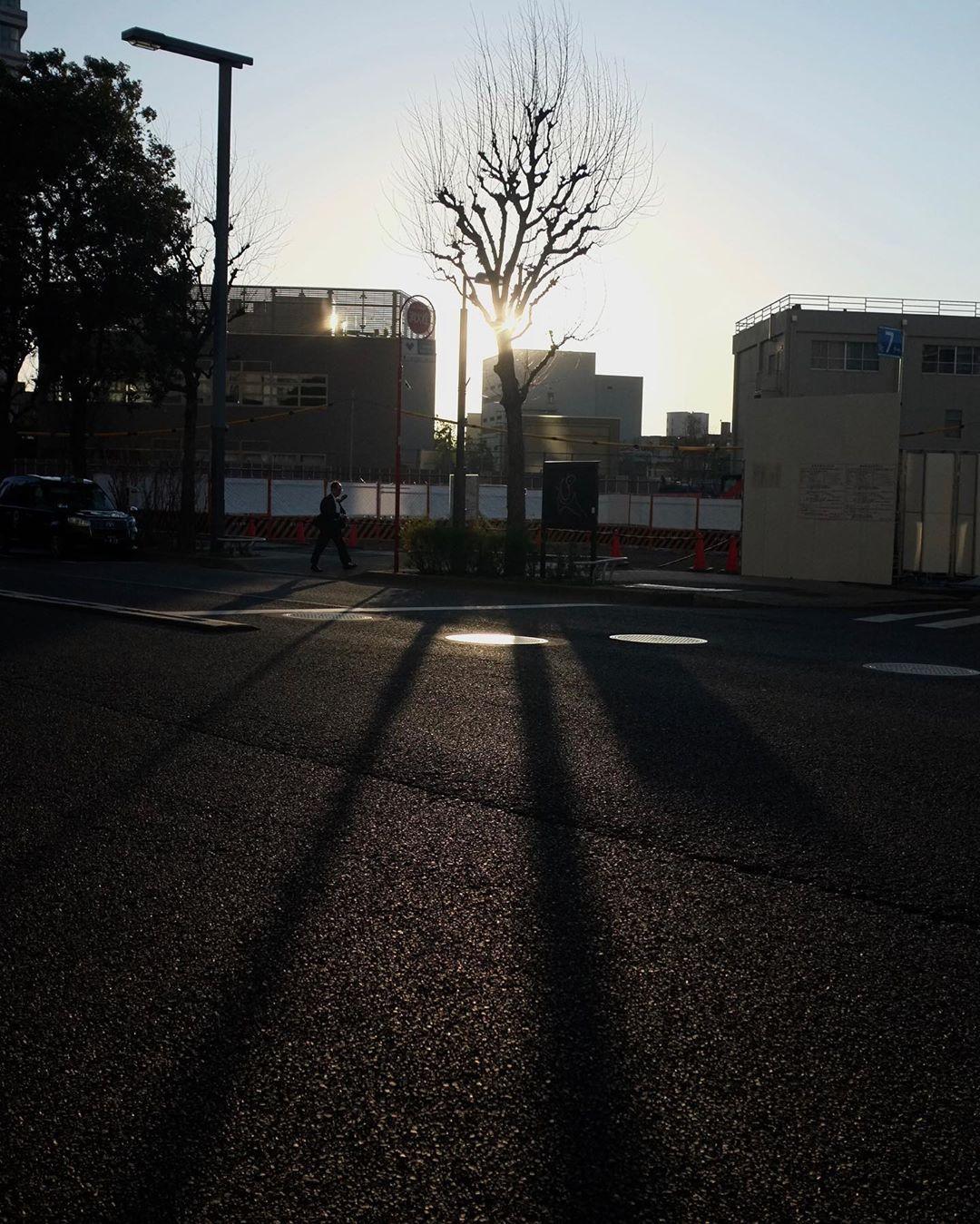 tokyo  classic&urban  #tokyoclassic#Photo#tokyo #urban#city#snap#photography#street#streetshot  #streetphotographer#shinjuku#radicalphotograph#contrast#monochrome#radical#instagood#東京#街#町#記憶#フォト#新宿#FUJIFILM#xシリーズ