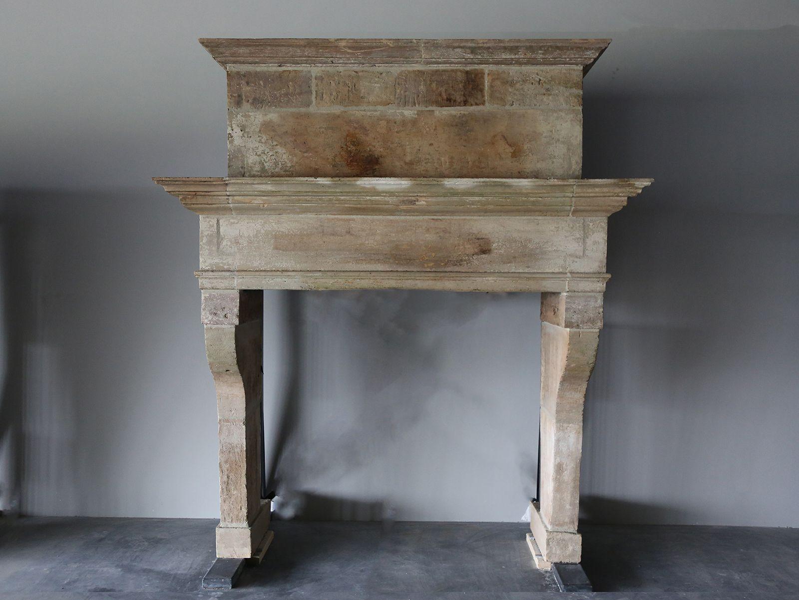 De Opkamer Bietet Eine Exklusive Sammlung Von Antiken Kaminen Verkleidungen  Darunter Französisch Kalkstein Kamin Umgibt, Antiken Italienischen ...