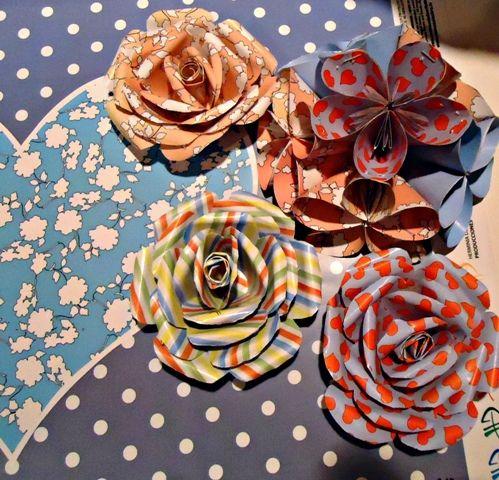 Flores estampadas en origami laminas en papel Herminia Devoto  http://www.manosalaobra.tv/GALERIA-LINEA-DE-PAPELES.aspx