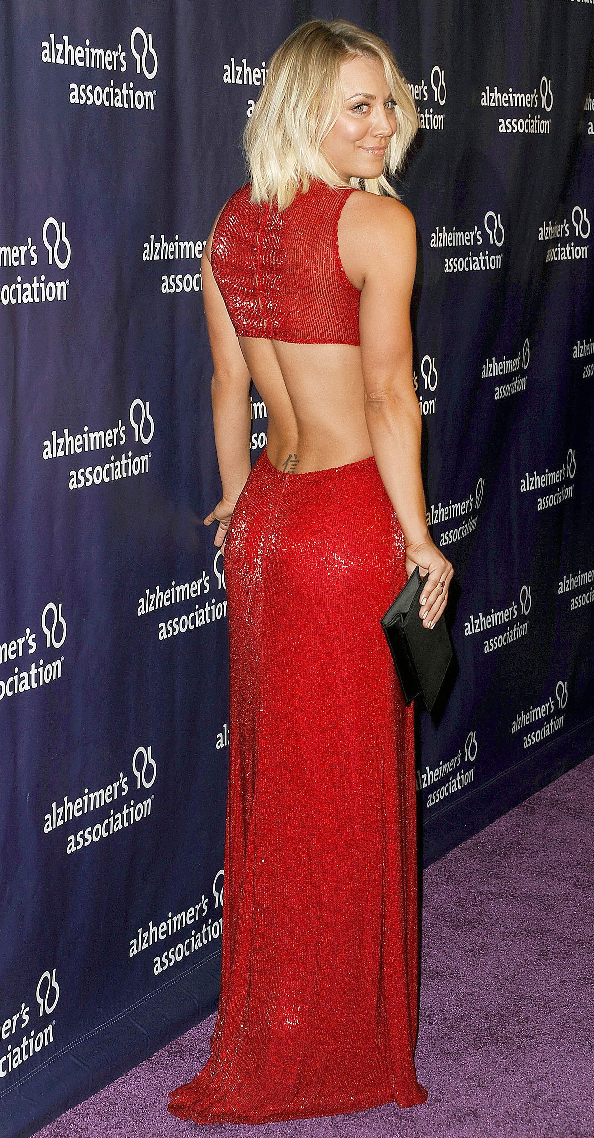 Better from the back starsu most jawdropping kaley cuoco