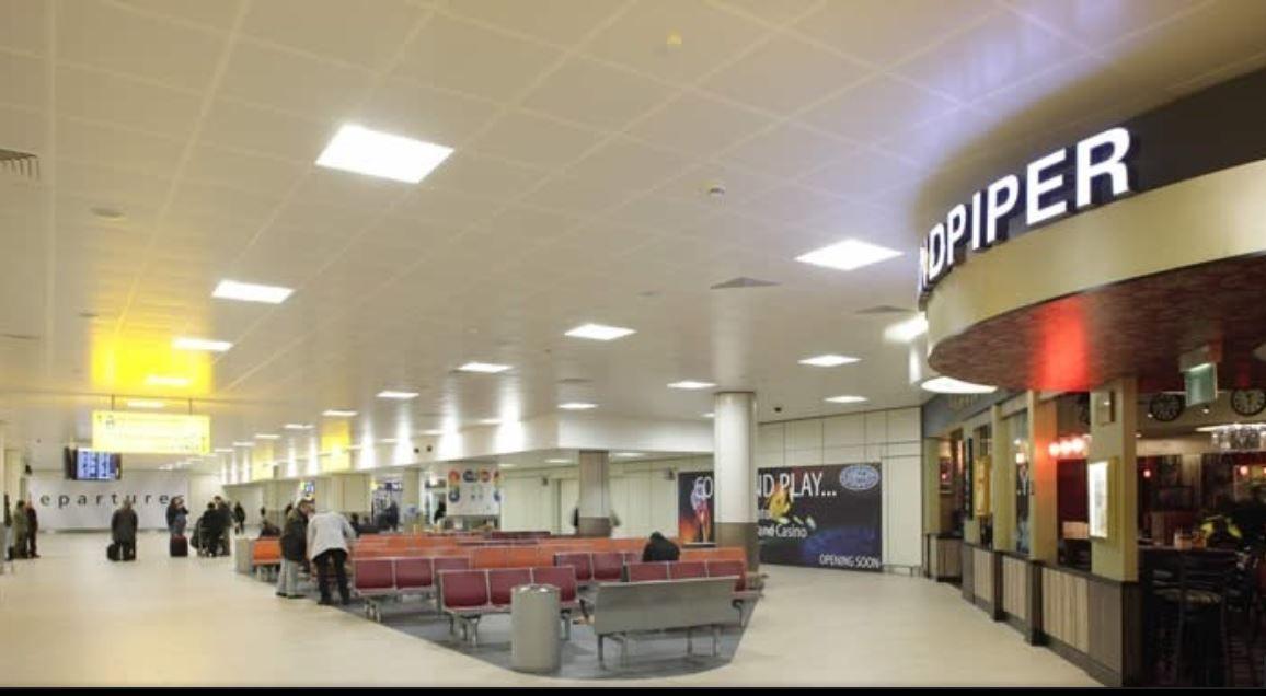 Glasgow Scotland Airport Baggage Auctions Glasgow Airport Gla