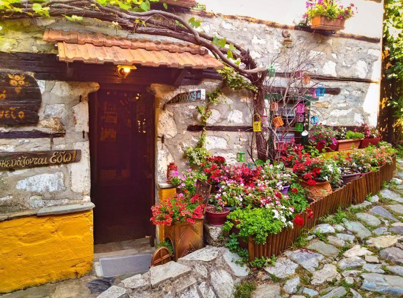 10-Useful-Tips-on-Greece---Palaios-Panteleimonas