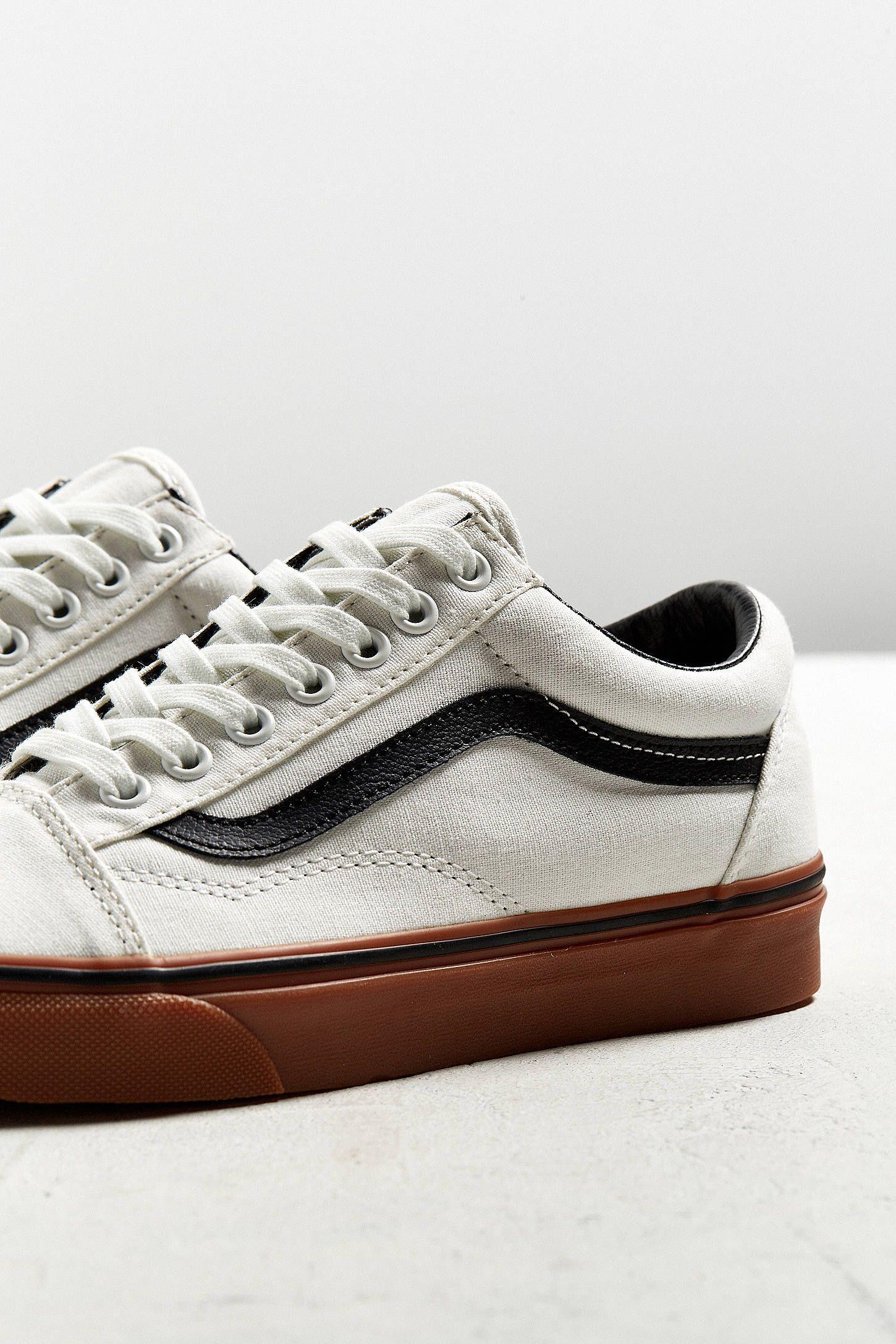 ef3b0f4cd792 Vans Old Skool Gum Sole Sneaker Vans Old Skool