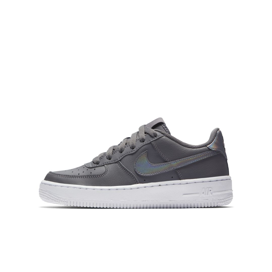 the best attitude 61649 4d2ed Nike Air Force 1  06 Big Kids  Shoe Size 5Y (Gunsmoke)