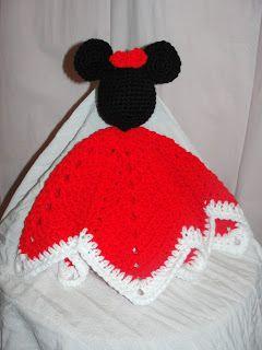 Free Crochet Pattern - Mickey/Minnie Mouse Head Blanket