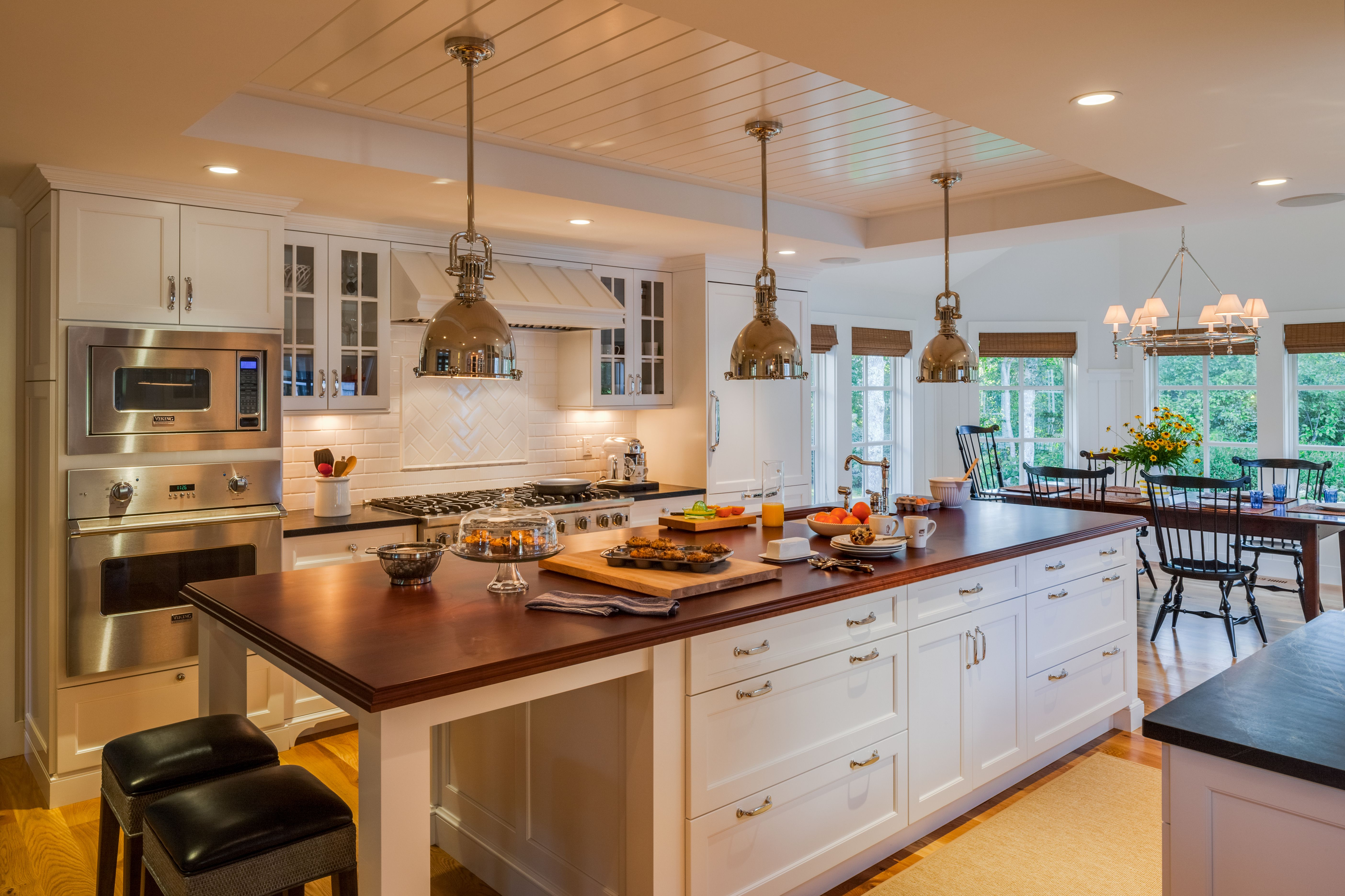 kitchens classic kitchen interiors coastal kitchen design kitchen inspiration design on kitchen interior classic id=14533